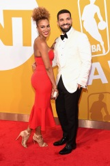 NEW YORK, NY - JUNE 26: Rosalyn Gold-Onwude and Drake attend the 2017 NBA Awards live on TNT on June 26, 2017 in New York, New York. 27111_003 (Photo by Jamie McCarthy/Getty Images for TNT)
